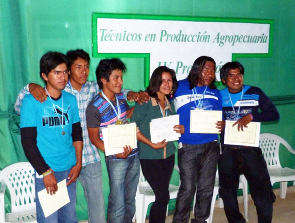 In der Escuela Agrotécnica Provincial N° 10 erhalten die Jugendlichen eine breit angelegte theoretische und praktische Berufsausbildung