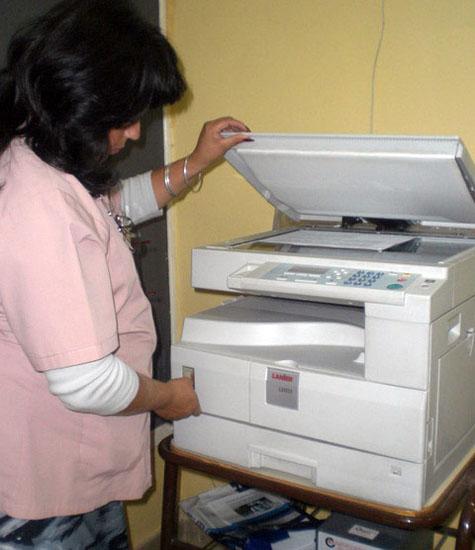 Edumanía-Argentina e.V. finanzierte den ersten Fotokopierer im Jahr 2011.