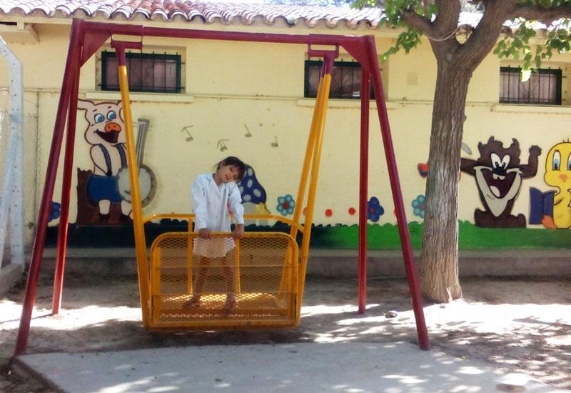 Inklusion auf dem Sielplatz, Schaukeln, die auch für Kinder mi körperlichen Behinderungen sicher sind.